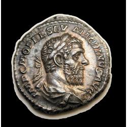 Macrinus dénár UNC tartásban